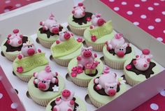 brilliant pig Cupcakes by Victoria's kitchen !