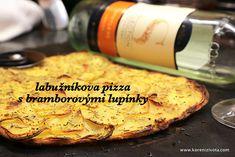 Labužníkova pizza s bramborovými lupínky raz dva hotová