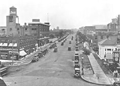 Admiral Boulevard -- looking east from Grand Rock Hill, Kansas City Missouri, Central Business District, St Louis Mo, Historical Pictures, City Streets, The Neighbourhood, Street View, History