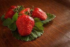 Strawberrys - Eper Strawberry, Fruit, Vegetables, Food, Veggies, Essen, Strawberry Fruit, Vegetable Recipes, Strawberries