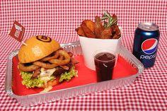 O.W. Bilby rodeo burger Vybírejte na http://babiccinrozvozjidel.cz/ a objednávejte na 725 880 008