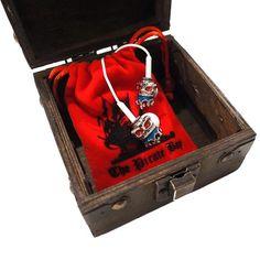 King Pirate Box, Pirates, King