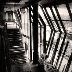 Bâtiment de recherche à Toulouse pour l'Inserm. Visite du pdg ce matin, puis visite de chantier.... à suivre. pic.twitter.com/3dPU7QXAvQ Pdg, Toulouse, Stairs, Architecture, Twitter, Searching, Arquitetura, Stairway, Staircases