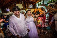 #carolevinas #wedding #weddingphotojournalism #noivos #novios #bride #groom #chuvadearroz #justmarried #buque #fotojornalismocasamentosp #sonyimages #sony #a7ii
