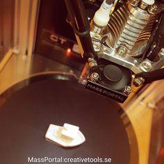 @3dbenchy #3dprinting on a @massportal #delta #3dprinter.  MassPortal.creativetools.se  #3DBenchy by creative_tools