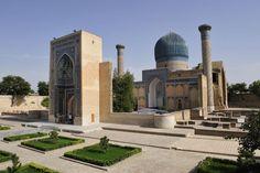 Usbekistan Rundreisen - Jetzt Urlaub buchen!  Tai Pan Hats For Men, Taj Mahal, Building, Travel, Lawn And Garden, Destinations, Landscape, Viajes, Buildings