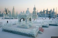 The Harbin Ice and Snow Sculpture Festival (33 HQ Photos) : : theCHIVE