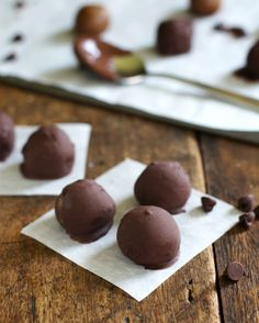 Peanut Butter Cookie Dough Balls #glutenfree