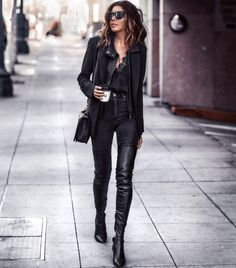 Fashion, over the knee boot outfit night и chic. Hipster Outfits, Casual Outfits, Fashion Outfits, Fashion Trends, Fashion Women, Latex Fashion, Fashion Goth, Over The Knee Boot Outfit Night, All Black Outfits For Women