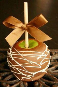 apple wedding favors