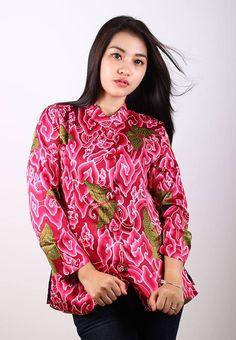 NEW ARRIVALS  Blus Batik Trusmi Megamendung Kupu Semi Sutra Pink IDR 145.000  *bahan: Semi Sutra *size: M, L & XL *pilihan warna: Pink   ----------------------------------------------------------------------------- Info Order, hubungi Team Marketing Online kami [Open Reseller & Dropship] --> Phone/SMS/Whatsapp/Line :  Dian : 081564690003 | PIN BB: 57FA23DC Linda: 085864040786 | PIN BB: 57E93563 Gina : 089665271943 | PIN BB: 79FCA1A9 Viny : 085724290097 | PIN BB: 56F40C1A