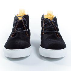 Sneakers in velluto nero by @Chapeau Shoes. Lacci neri e suola bianca; foderata in tessuto doppiato. Completamente prodotta handmade in Italia.  Price:220€