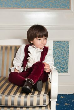This christening suit for boys has silk jabot shirt, puffed sleeves and carefully crafted detailes, which make this suit an admirable choise, from Petite Coco. Boys Suits, One Design, Christening, Cold Weather, Product Launch, Silk, Elegant, Chic, Sleeves