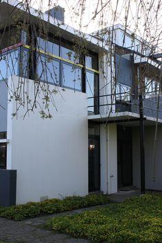 Gallery of AD Classics: Rietveld Schroder House / Gerrit Rietveld - 18 Modern Buildings, Modern Architecture, Schroder House, French Villa, Walter Gropius, Le Corbusier, Utrecht, Bauhaus, Contemporary Design