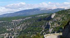 "Francia – #Provenza – ""Alle falde del #Mont Ventoux"" | vivilamoto"