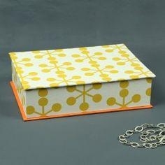 Gelb-creme-gemusterter-Schmuckkasten, jewelrybox
