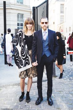 The fashion world's #Brangelina. Let's hear it for #VeronikaHeilbrunner and #Justin_Oshea, Paris.