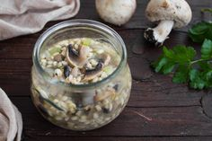 Zuppa+di+orzo+e+funghi