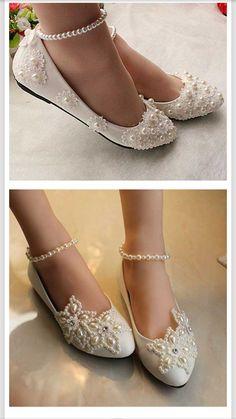 Fancy Shoes, Pretty Shoes, Beautiful Shoes, Cute Shoes, Bridal Wedding Shoes, White Wedding Shoes, Bridal Heels, Hipster Shoes, Denim Sandals