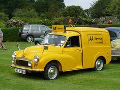 Vintage Car - Morris Minor [YYK 561H] 110710 Leighton Hall