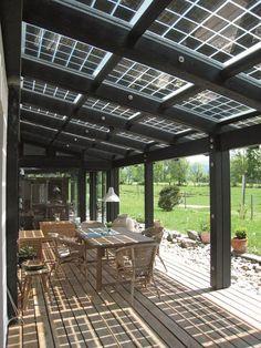 Le seul panneau photovoltaïque à LED intégrées