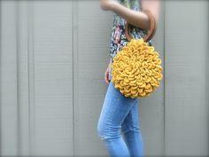 free crochet pattern, purse, handbag, handles, flower purse
