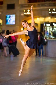 """Le projet """"Dance As Art - The New York Photography Project"""" du photographe américainKevin Richardson, qui rend hommageaux danseurs de New York en les photo"""