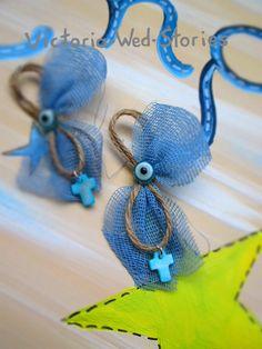 Μαρτυρικά βάπτισης για αγόρι και κορίτσι, πραγματικά κοσμήματα, που ξεχωρίζουν για τη φαντασία και την αισθητική τους. Jute Flowers, Communion, Christening, Cherry Blossom, Crochet Earrings, Victoria, Personalized Items, Crafts, Wedding