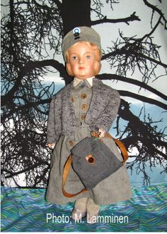 Finnish Martha doll in Lotta costume, all original. N:o VIII, Suomi History Of Finland, White Lilies, Dollhouse Dolls, Vintage Dolls, Old And New, Wwii, Disney Princess, Dollhouses, Toys