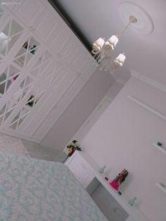 Kullanışlı olduğu kadar şık bir yatak odası tasarımı. Sibel hanımdan..