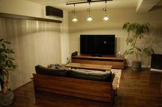 MASTERWAL マスターウォール 『100年後のアンティーク家具へ」 #MASTERWAL #マスターウォール #WALNUT #ウォールナット #家具 #interior #Furniture #インテリア #日本 #japan Flat Screen, Room, House, Blood Plasma, Bedroom, Home, Flatscreen, Rooms, Homes