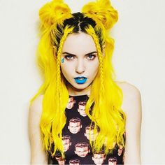 hair, hair color, yellow, yellow hair, make-up, lips, lipstick, teal