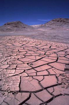 Sequía más larga: 400 años sin lluvia en el desierto de Atacama, entre 1571 y 1971.
