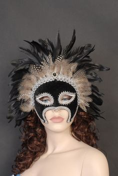 MM067A BLK/SILVER/W FEATHER