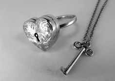 locket ring with key.....LOVE this