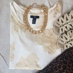 Gold Foil Flower Tee Boxy fit.  Beautiful gold flower print.  Super easy to dress up or down.  Cute tucked into some boyfriend jeans.  Only worn once. TRADES GAP Tops Tees - Short Sleeve