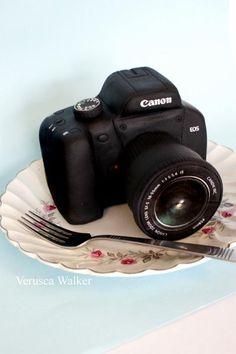 Tutorial #4: Canon Camera Topper Tutorial - by Verusca Walker @ CakesDecor.com - cake decorating website