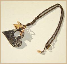 Collar corazon de hojas / MAJOYOAL - Artesanio