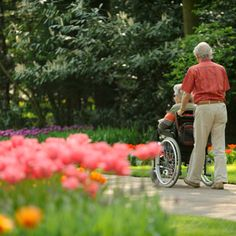 Getting elders outside during the warm spring and summer months can have physical and social benefits. Here are 10 outdoor activities for caregivers and the elderly to do this summer as well as the benefits of going outside.