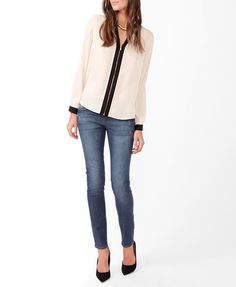Contrast Cutout Collar Top forever21