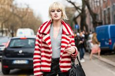 Street look à la Fashion Week automne-hiver 2016-2017 de Milan http://www.vogue.fr/mode/street-looks/diaporama/fwah2016-street-looks-la-fashion-week-automne-hiver-2016-2017-de-milan/25952#fwah2016-street-looks-a-la-fashion-week-automne-hiver-2016-2017-de-milan-41 Photos par Sandra Semburg