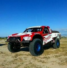 Toyota is back racing Baja 1000 this year. Best Off Road Vehicles, 4x4 Wheels, Trophy Truck, Off Road Racing, Toyota Trucks, Truck Design, Trd, Toyota Tacoma, Rally Car