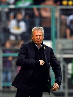 Lucien Favre, tecnico destacado de la epoca gloriosa de los años recientes en el Gladbach
