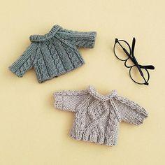 Pattern by #littlecottonrabbits . . #knit #handmade #amigurumi #yarnlove #yarn #手編み #編み物 #knitting #手作り #handknit #sweater #cute #可愛い #handmadeknit #clothes #toy #handmadetoys #コーデ #friends #love #diy #häkeln #haken #stricken #needles #ootd #セーター
