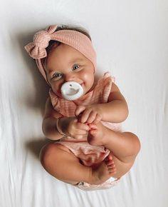 Baby Girl Fashion, Kids Fashion, Fashion Fashion, Fashion Women, Future Mom, Foto Baby, Cute Baby Pictures, Cute Baby Girl Pics, Sleeping Baby Pictures