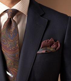 Men's Fashion | Menswear | Men's Outfit Ideas | Paisley Necktie | Moda Masculina | Shop at designerclothingfans.com