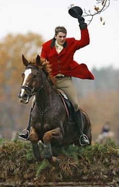 The most important role of equestrian clothing is for security Although horses can be trained they can be unforeseeable when provoked. Riders are susceptible while riding and handling horses, espec… Equestrian Outfits, Equestrian Style, Equestrian Fashion, Horse Fashion, English Riding, Fox Hunting, Hunter Jumper, Horse Riding, Horseback Riding