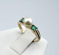 Elegant Vintage Emerald and Pearl 14K Gold Ring  PRLEMR-SR