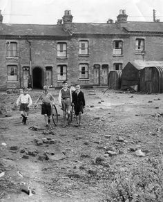 Slum housing in Birmingham. August Tools and equipment provided free of charge by the city's Public Works Dept. will be used by nearly 100 residents living nearby to convert this bomb site. Get premium, high resolution news photos at Getty Images Old Pictures, Old Photos, Birmingham City Centre, Uk History, Local History, Birmingham England, Salford, West Midlands, Slums