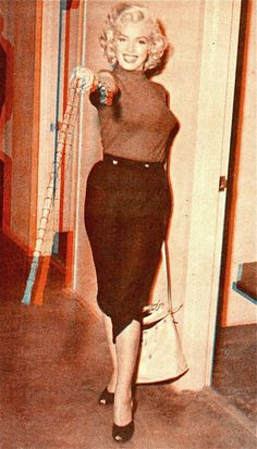Eté 1953 Canada Marilyn à l'hôtel - Divine Marilyn Monroe